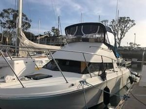 Used Skipjack 262 Flying Bridge Saltwater Fishing Boat For Sale
