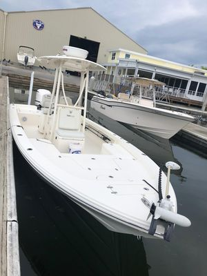 Used Pathfinder 26 HPS Saltwater Fishing Boat For Sale
