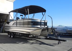 New Manitou 25 SES Flip SHP25 SES Flip SHP Pontoon Boat For Sale