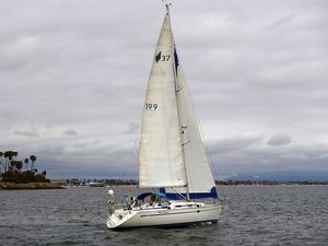 Used Bavaria Racer and Cruiser Sailboat For Sale