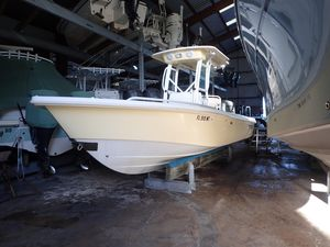 Used Everglades 243 CC243 CC Center Console Fishing Boat For Sale
