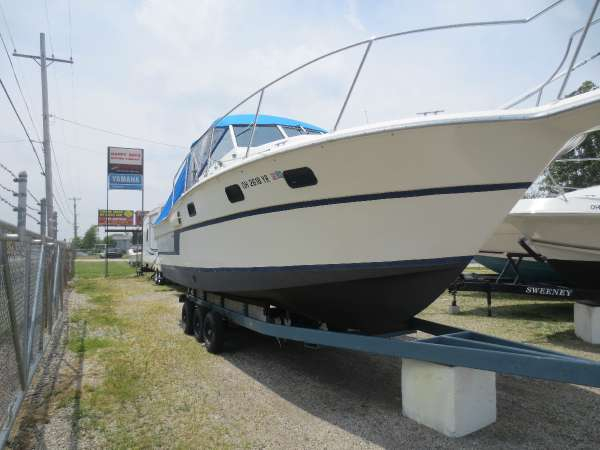 Used Aquasport 290 Walkaround Fishing Boat For Sale