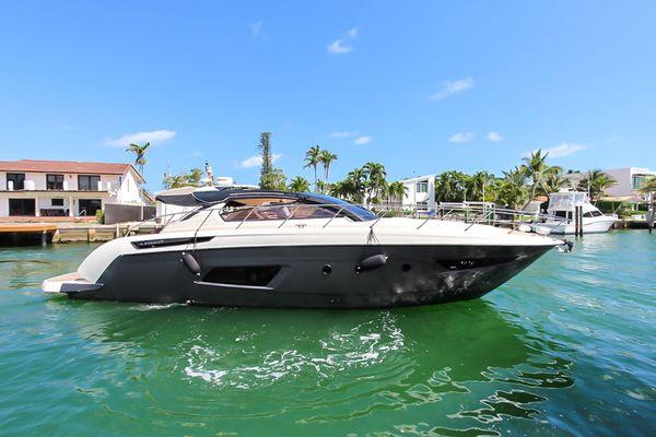 Used Azimut 48 Atlantis Express Cruiser Boat For Sale