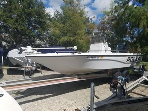 Used Polar 2100 Bay Center Console Fishing Boat For Sale