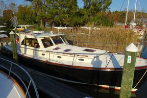 Used Hinckley Talaria 44 MY High Performance Boat For Sale