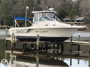Used Pro-Line 2950 Mid Cabin Walkaround Fishing Boat For Sale