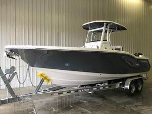 Used Tidewater 252 LXF Center Console Fishing Boat For Sale