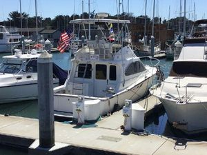 Used Luhrs 350 Tournament Sports Fisher Express Cruiser Boat For Sale