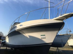 Used Carver 32 Montego Express Cruiser Boat For Sale