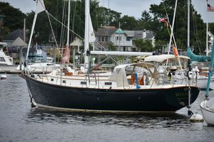 Used Victoria 34 Cruiser Sailboat For Sale