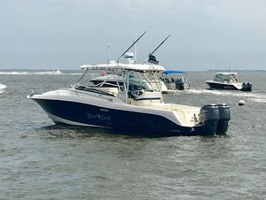 Used Hydra-Sports 3300 Vector VX Express Center Console Fishing Boat For Sale