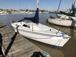 Used Catalina Capri 22 Daysailer Sailboat For Sale