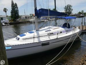 Used Beneteau 33 Racer and Cruiser Sailboat For Sale