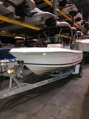 Used Robalo 180CC180CC Center Console Fishing Boat For Sale