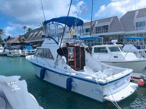 Used Uniflite Salty Dog Saltwater Fishing Boat For Sale