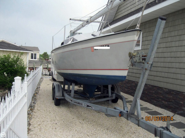 Used O'day 240 LE Sloop Sailboat For Sale