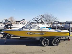 Used Moomba Outback LSOutback LS Bowrider Boat For Sale