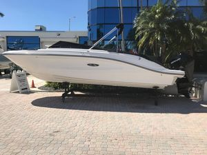 New Sea Ray SPX 230 Outboard Other Boat For Sale