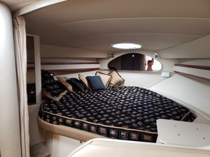 Used Cruisers Yachts 3372 Cruiser Boat For Sale