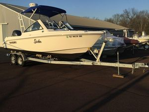 Used Everglades 230 DC230 DC Bowrider Boat For Sale