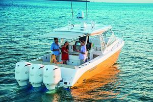 New Everglades 360lxc Cruiser Boat For Sale