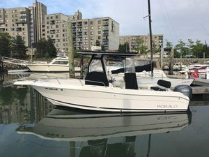 Used Robalo 230 CC Center Console Fishing Boat For Sale