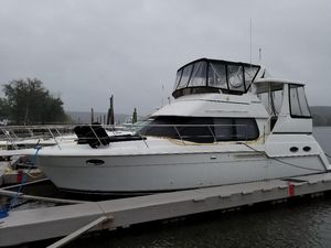 Used Carver 356 Motor Yacht Motor Yacht For Sale