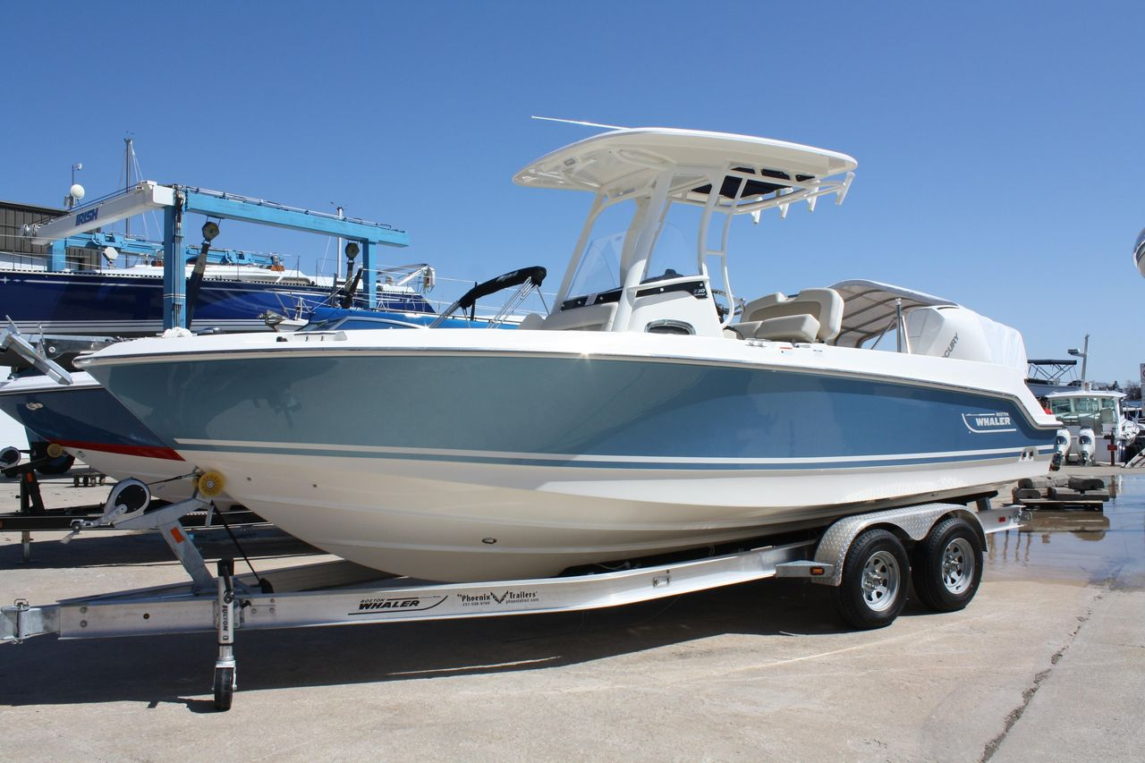 2019 New Boston Whaler 230 Outrage Center Console Fishing Boat For