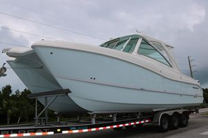 New World Cat 320DC320DC Other Boat For Sale
