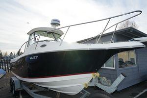 Used Seaswirl Striper 2601 Walkaround O/B Center Console Fishing Boat For Sale