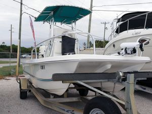 Used Twin Vee 22 Bay Cat Power Catamaran Boat For Sale