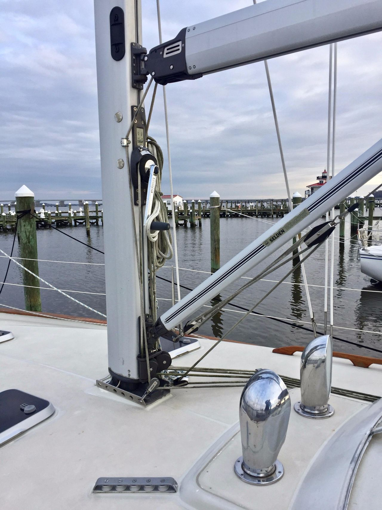2000 Used Moody 42 Cruiser Sailboat For Sale - $93,000