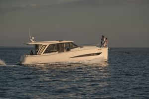 New Greenline 39 Hybrid Trawler Boat For Sale