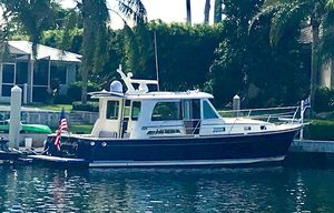 Used Sabre 40 Salon Express Cruiser Boat For Sale