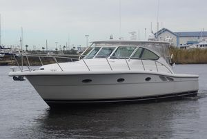 Used Tiara 3800 TTS Express Cruiser Boat For Sale