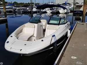 Used Sea Ray SUNDECK 220 Deck Boat For Sale