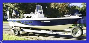 Used Blue Wave 2000 PureBay Bay Boat For Sale