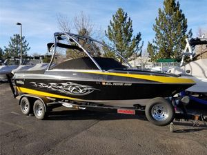 Used Malibu Boats VLXBoats VLX Ski and Wakeboard Boat For Sale