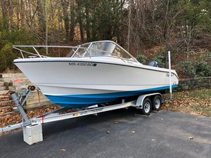 Used Edgewater 205ex Cuddy Cabin Boat For Sale