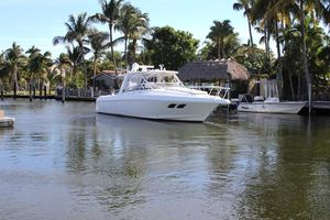 Used Intrepid 390 Sport Yacht Cuddy Cabin Boat For Sale