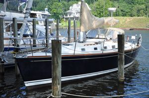 Used Tartan 3700 Racer and Cruiser Sailboat For Sale