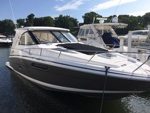 Used Regal 35 Sport Coupe Motor Yacht For Sale