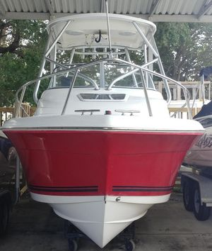 Used Clearwater 2200 Walkaround Saltwater Fishing Boat For Sale