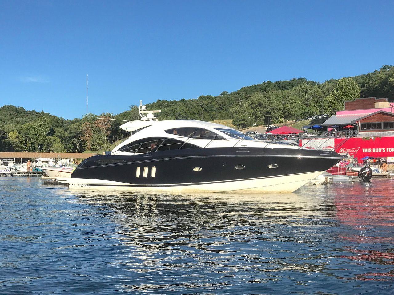2010 Used Sunseeker Predator 52predator 52 Motor Yacht For Sale