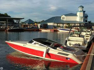 Used Donzi R23 Bay Boat For Sale