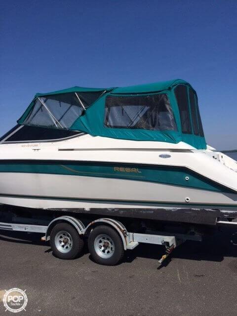Used Regal 8.3 Ventura SC Express Cruiser Boat For Sale