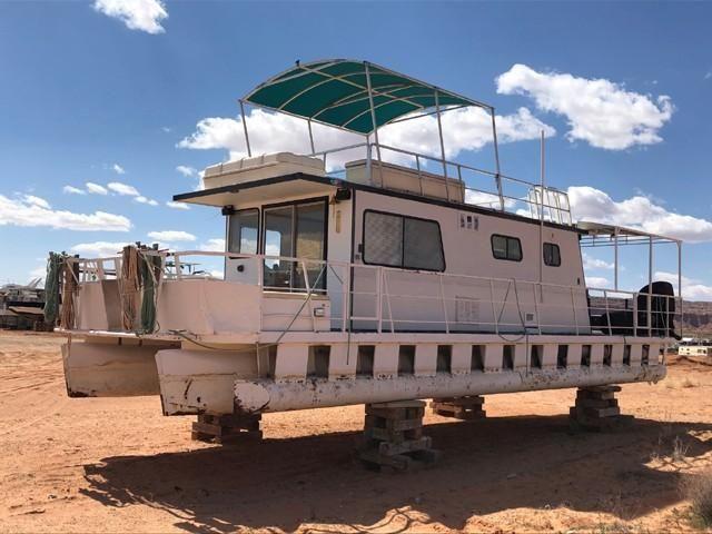 1982 Used Kayot 40 X 14 Pontoon Houseboat Pontoon Boat For