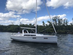 New Beneteau Oceanis 38 Racer and Cruiser Sailboat For Sale