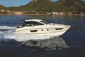 New Beneteau Gran Turismo 40 Cruiser Boat For Sale