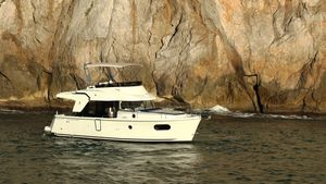 New Beneteau Swift Trawler 35 Motor Yacht For Sale